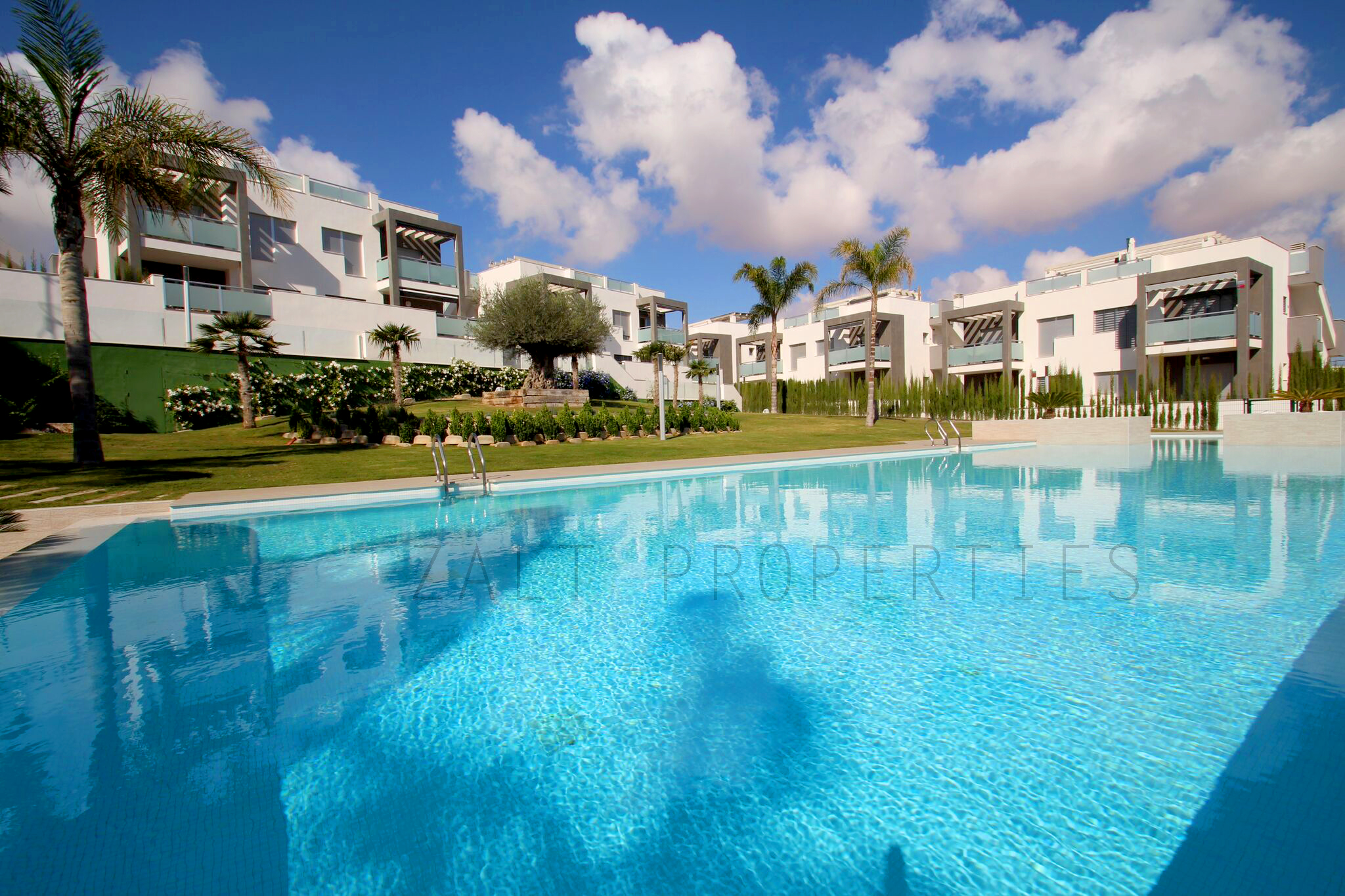 Los altos torrevieja zalt properties for Iceland torrevieja