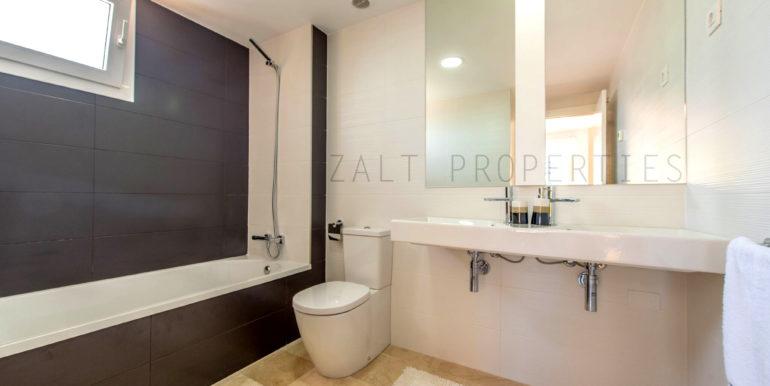 B6.2_La_Recoleta_bathroom_005Recoleta_preview